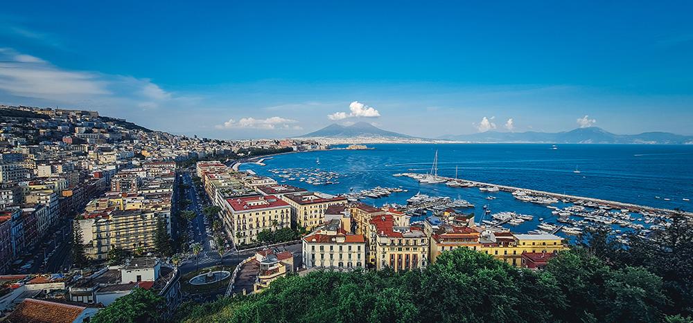 Cartolina di Napoli: veduta dalla Terrazza di Sant'Antonio a Posillipo