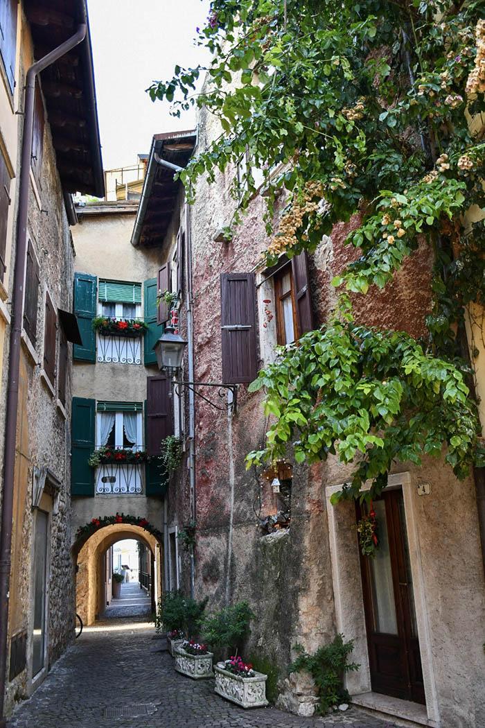Cosa visitare sul Lago di Garda: Torri del Benaco