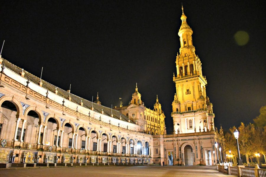Plaza de espana_di sera_siviglia