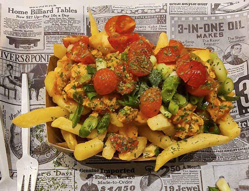 Dove mangiare le patatine fritte tipiche di Bruges: Casa patata