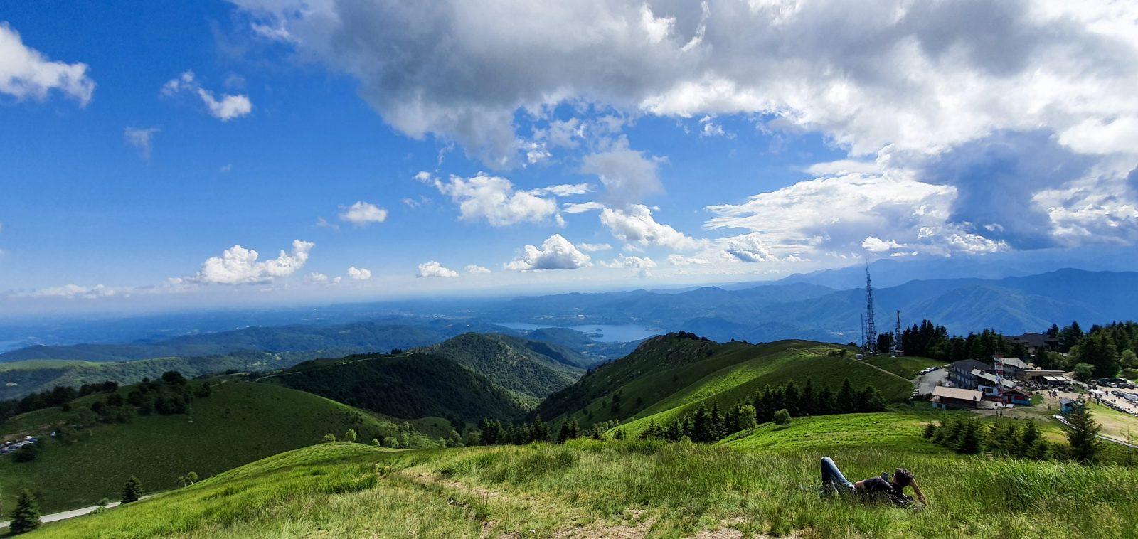 Funivia del Mottarone: il panorama dei sette laghi dalla cima