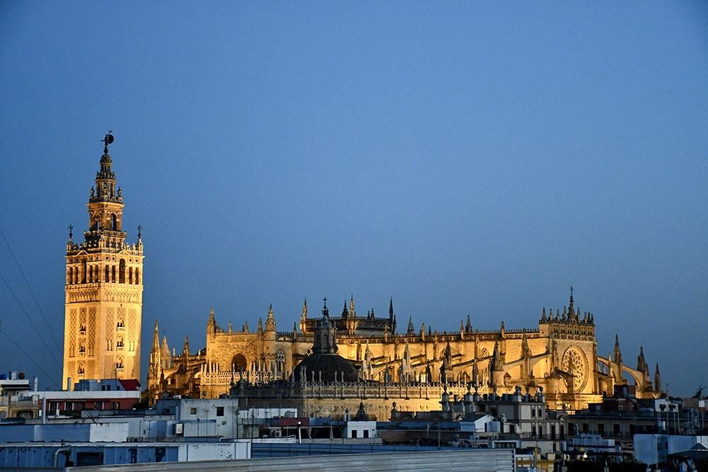 Tour virtuale a Siviglia, ecco gli spunti per visitare la capitale dell'Andalusia da casa
